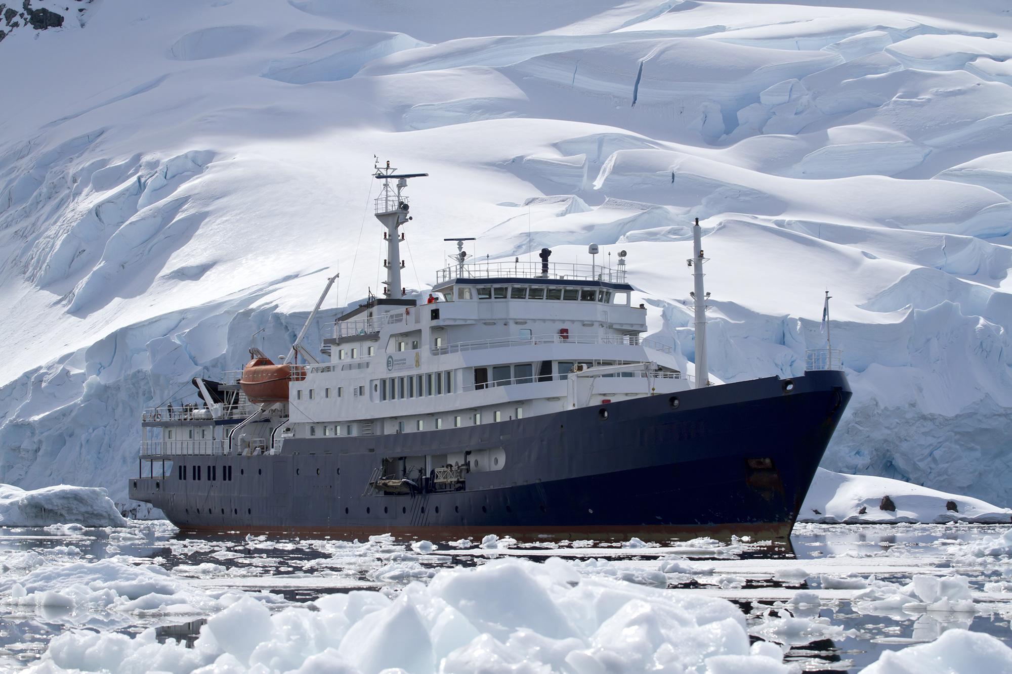 Faire une croisière dans l'antarctique